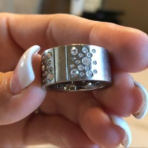 Michael kors ring with diamonds